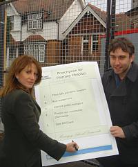 Lynne Featherstone and Richard Wilson launch their 5 point plan for Hornsey Central Hospital