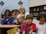 Lynne and Gail reading with children at Muswell Hill Library