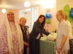 Lynne with residents of Passmore Edwards House