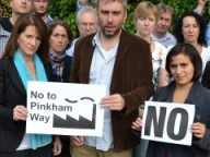 Lynne Featherstone MP and campaigners, opposing Pinkham Way plans