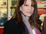 Lynne Featherstone MP at Archway Road Post Office