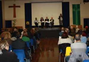 Lynne Featherstone MP addresses a packed public meeting on the Hornsey Depot Development