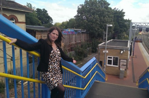 Lynne Featherstone MP demonstrates the accessibility problem at Alexandra Palace Stati
