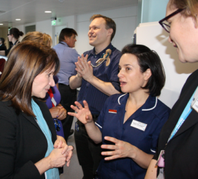 Lynne Featherstone MP discusses the new Whittington Ambulatory Centre with a nurse.