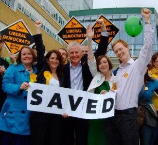 Lynne Featherstone and Norman Lamb  celebrate the Whittington A&E being saved from the Labour Government's planned closure
